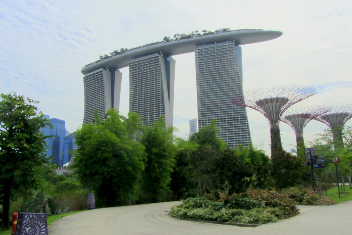 Aerial view of Marina Bay Sands and Singapore - Sustainability at Marina Bay Sands