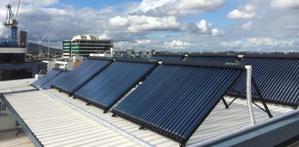 albergues YHA agua caliente con energia solar