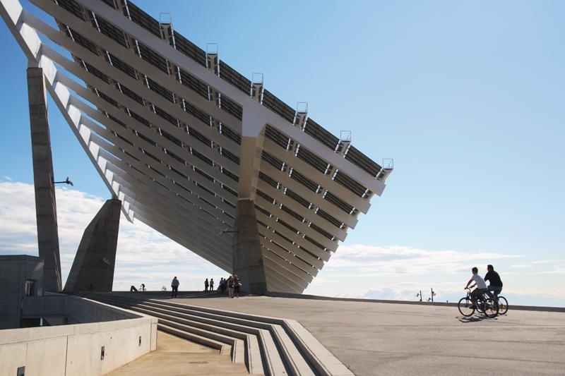 Turismo sostenible en barcelona destino de turismo for Placas solares barcelona