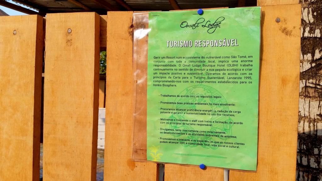 Informando los trabajadores en Omali Lodge Sao Tome