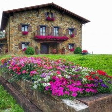 Lurdeia Casa Rural: Basque Country Pioneer in Ecotourism & Organic Agriculture