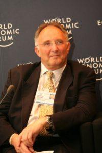 Profesor Geoffrey Lipman sobre crecimiento verde y Travelism