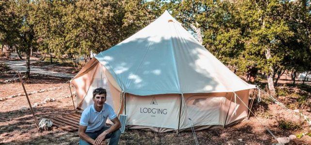 Simon Louvard of Lodg'ing in France